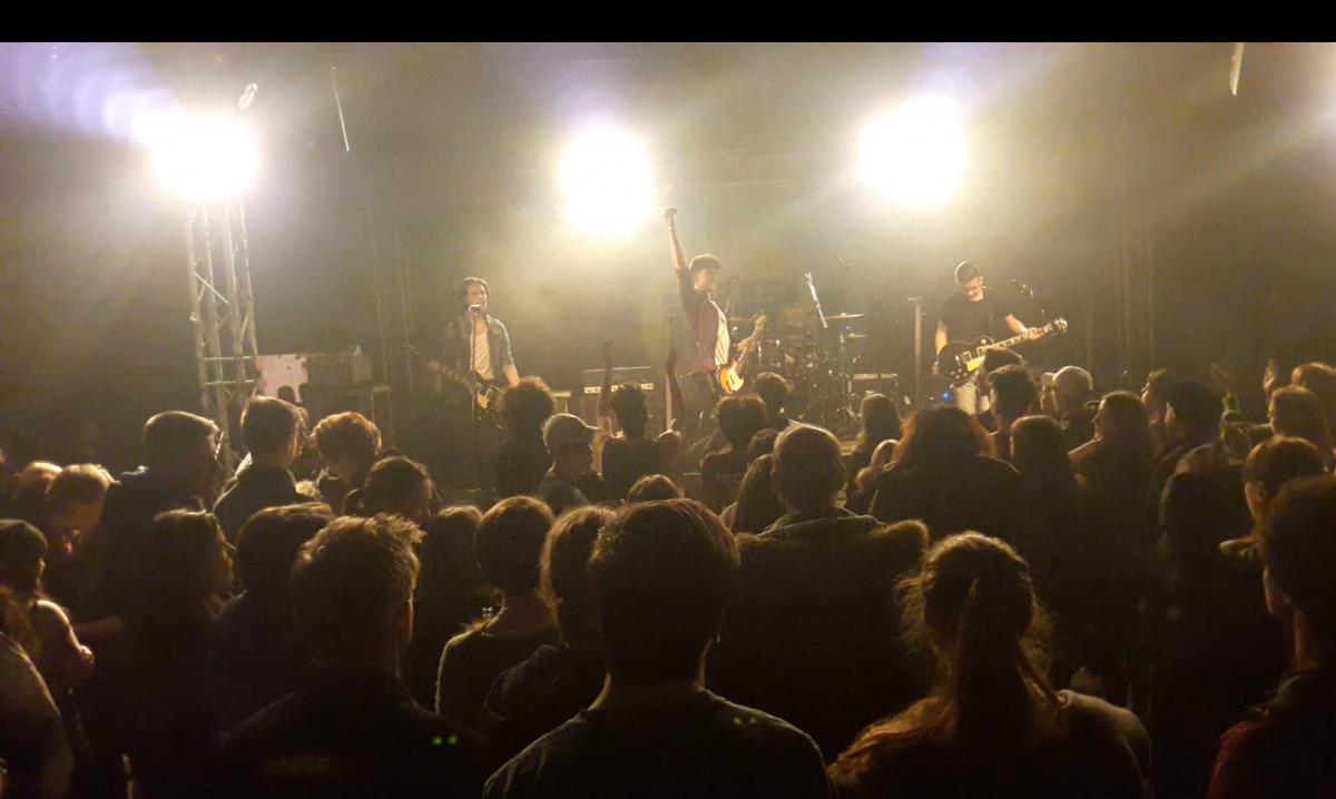 band live2
